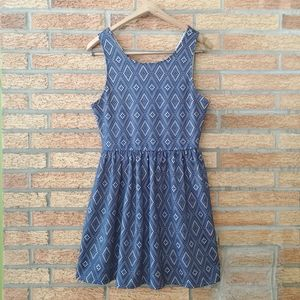 Alya Blue & Tan Sleeveless Party Dress Size Large